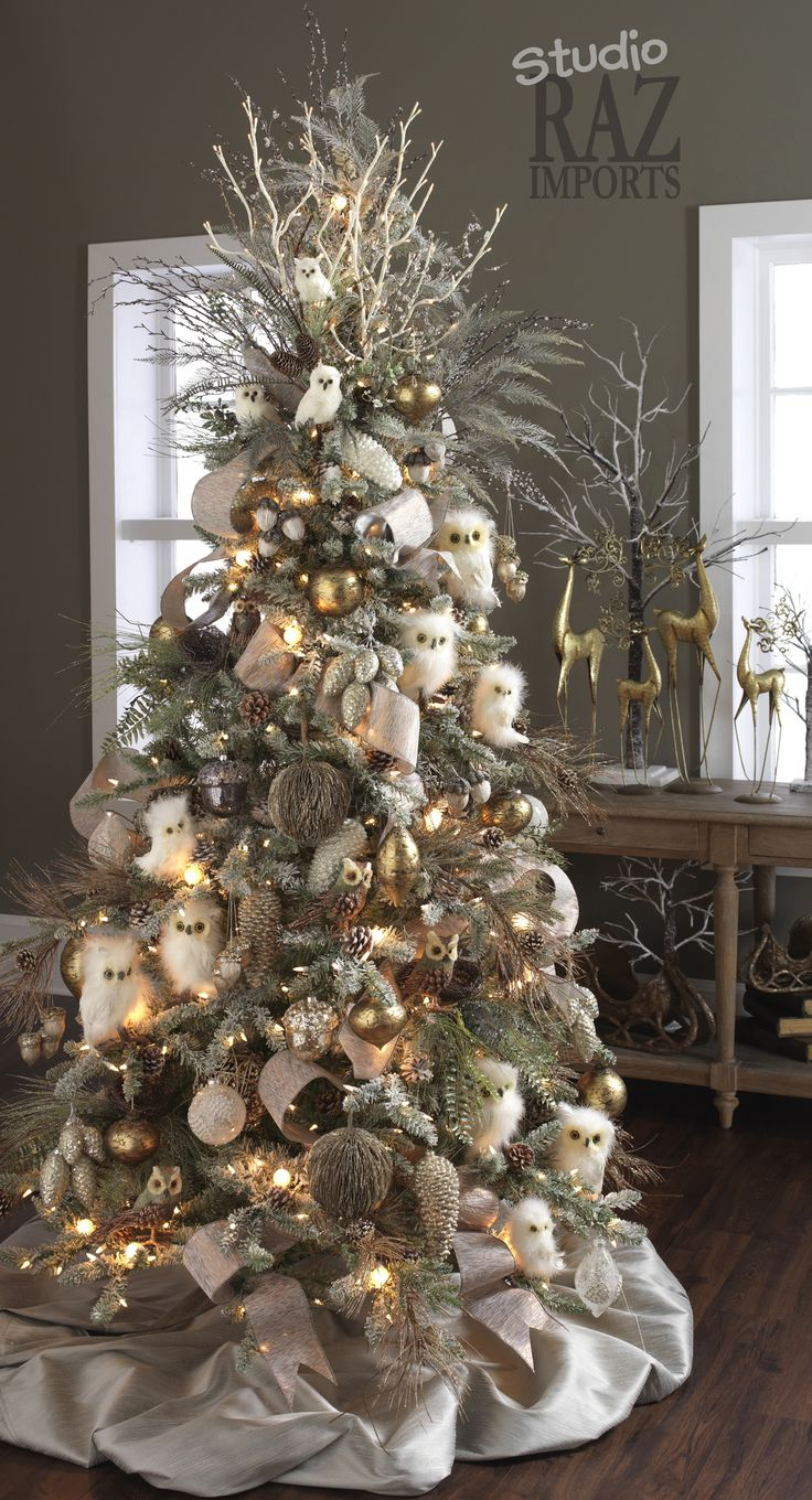 Owls! My mom would have LOVED this tree....Christmas, a themed tree, and owls- 3 of her favorite things! Miss you everyday Mom!!
