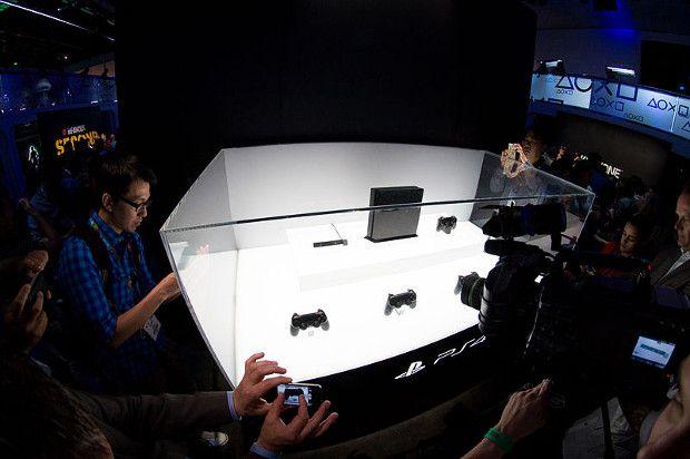 Según Digital Extremes, el mando de Playstation 4 es el mejor