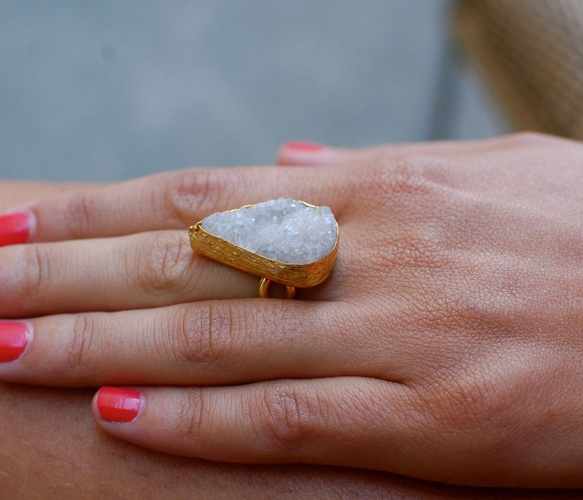 Quartz Tear ring