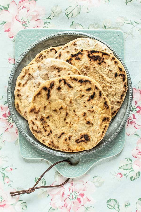 Pan de ajo en la sartén - María Lunarillos