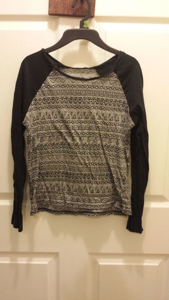 Womens size small black grey aztec long sleeve top F48 #Unbranded #Blouse