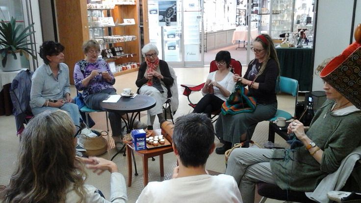 World Wide Knit in Public Day 2015 at MALA.