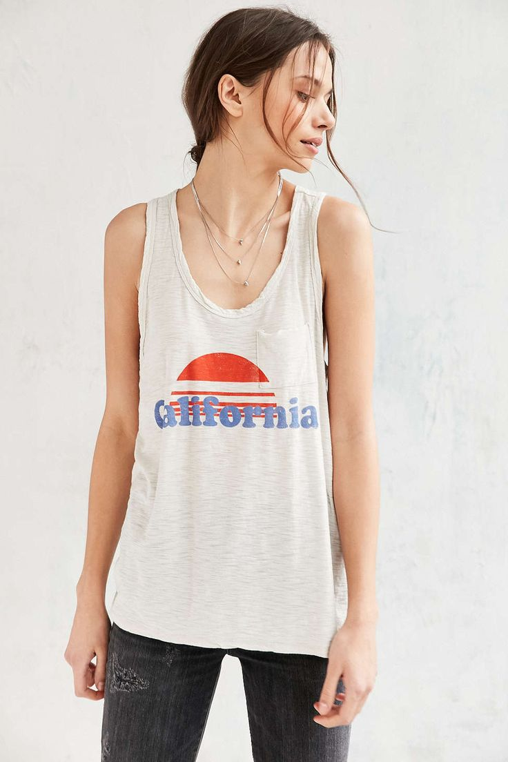 COMUNE X UO California Sunset Muscle Tee