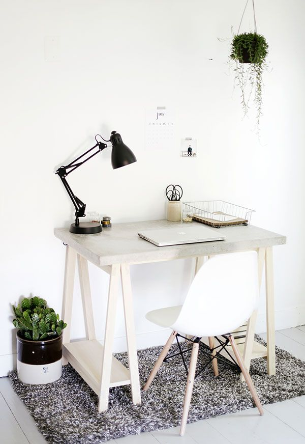 Learn how to make a stylish concrete desktop and the wood legs to go with it. Just follow the step-by-step tutorial. | www.homeology.co.za