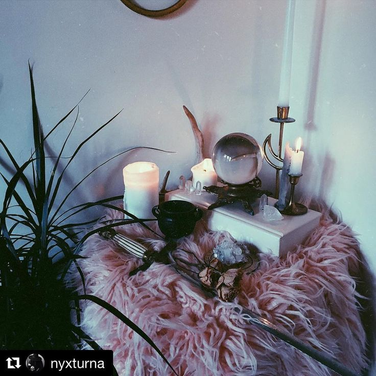 Regram @nyxturna ・・・  Post-eclipse altar ✨✨ extra sensitive vibes. Anyone else still feeling all the effects of the solar eclipse? Or is that just me?