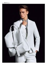 L'agence Elite se lance dans l'Homme http://fashions-addict.com/L-agence-de-mannequin-Elite-se-lance-dans-l-Homme_408___14265.html