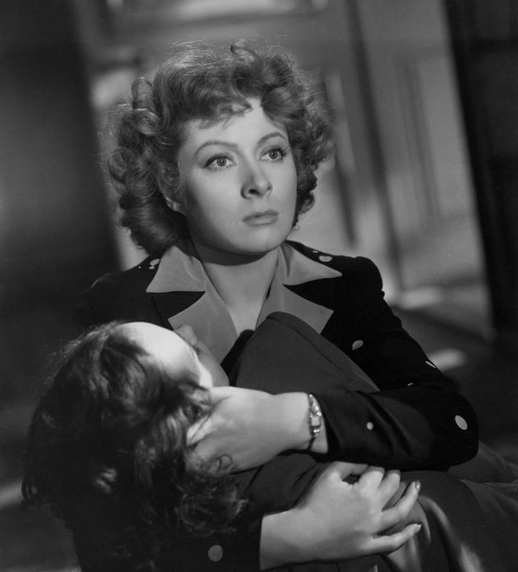 Best Actress and Best Supporting Actress 1943 - Greer Garson as Mrs. Miniver and Teresa Wright as Carol Beldon in Mrs. Miniver   (Oscars/Academy Awards)