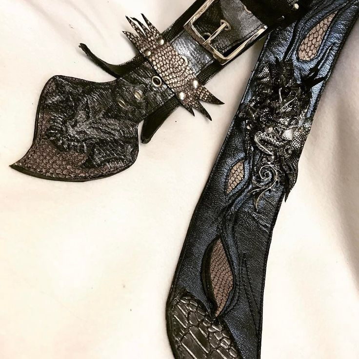 Guitar players know what this is handcrafted custom leather strap by EvilEve #evilevedesign #evileve #guitarstrap #guitarist #hardrock