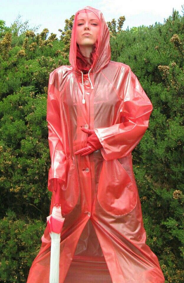 1000 images about fashion for the rain on pinterest vinyls rain coats and rubber raincoats. Black Bedroom Furniture Sets. Home Design Ideas