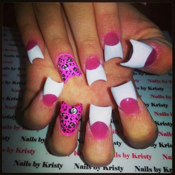 Curved acrylic nails by Kristy pureplatinumsalonandspa hot pink leopard white tips airbrush rhinestones