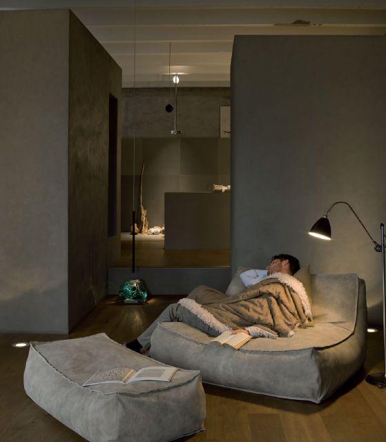 Contemporary fireside chair by Studio Lievore Altherr Molina - ZOE - Verzelloni