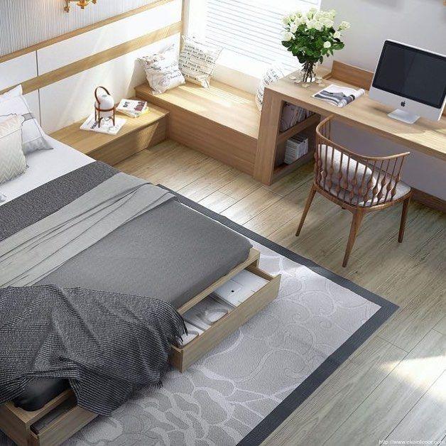 E esse quarto cheio de boa ideias? Banco gavetas sob a cama e home office!  ou   #architecture #decoração #decor #bedroom #quarto  Do like this bedroom inspo? Different colors of wood and good Ideias!
