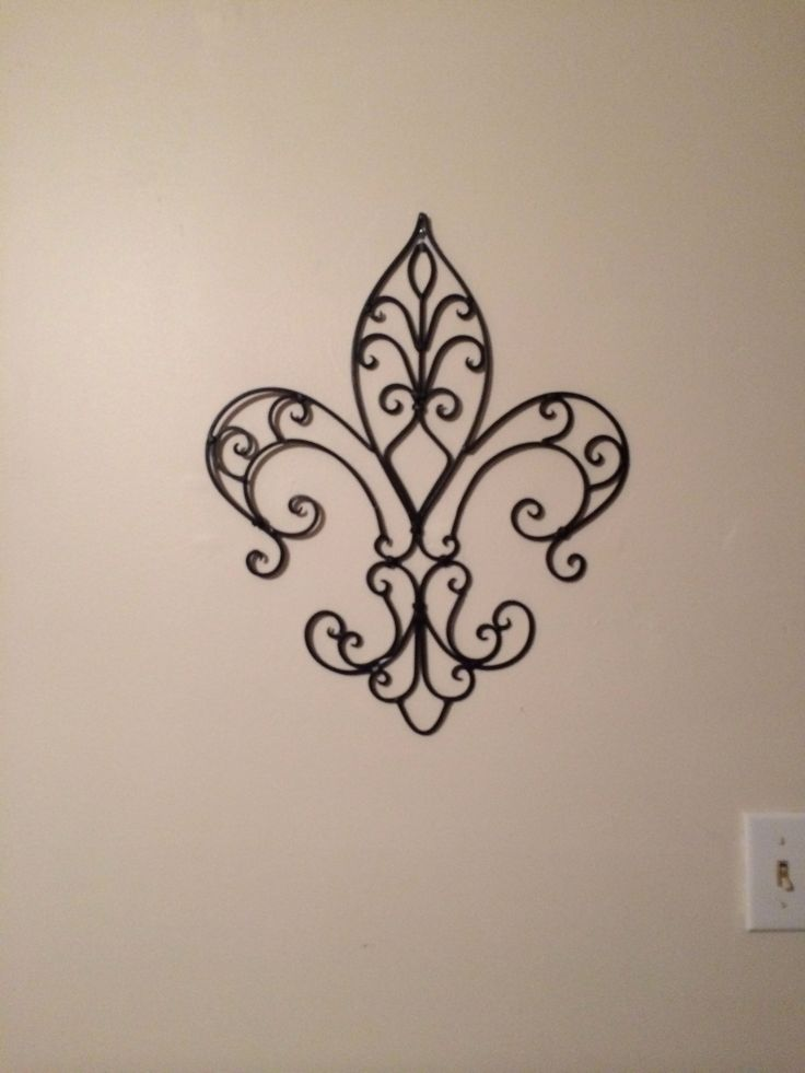 72 best fleur de lis images on pinterest fleur de lis mardi gras beads and tattoo ideas. Black Bedroom Furniture Sets. Home Design Ideas