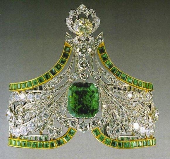 Una tiara della collezione reale d'Egitto realizzata da Cartier- Cerca con Google