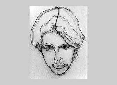 לפסל חוטי הברזל יוסי פלד אין אתר. את עבודותיו הוא מציגב דף הפייסבוק שלוושם הוא מספר על עצמו בכמה משפטים: יליד 1971, החל לפסל פסלים מחוט...