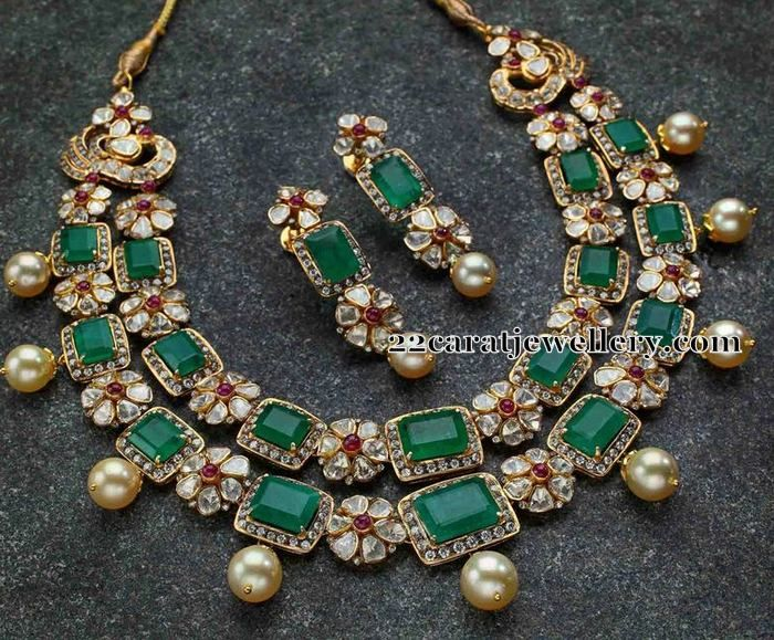 Very nice craftsmanship necklace in two layers, Grand and royal look necklace with dull finishing work, Square shaped faceted cut emerald...