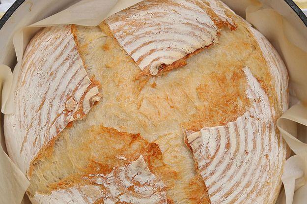 Aprenda a fazer o pão caseiro de fermentação natural: | Você nunca mais vai querer comprar pão industrializado depois de fazer este pão de fermentação natural