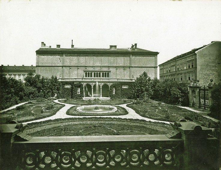 A Károlyi-palota kertje és a gloriett, eykor Klösz György felvétele - Budapest VIII.