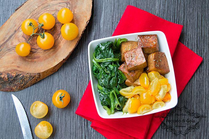 Tofu+con+spinaci+e+pomodori+gialli