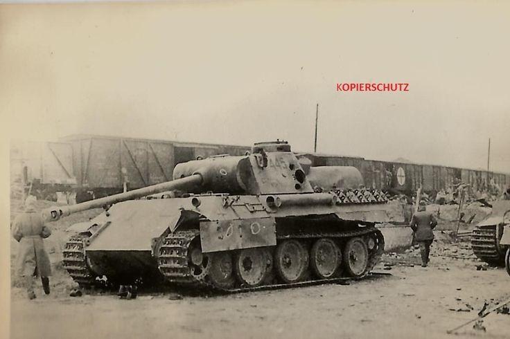 ORIGINAL FOTO ROT KREUZ PANTHER V TURMZAHL 445 ZIMMERIT EISENBAHN 297 in Sammeln & Seltenes, Militaria, 1918-1945 | eBay
