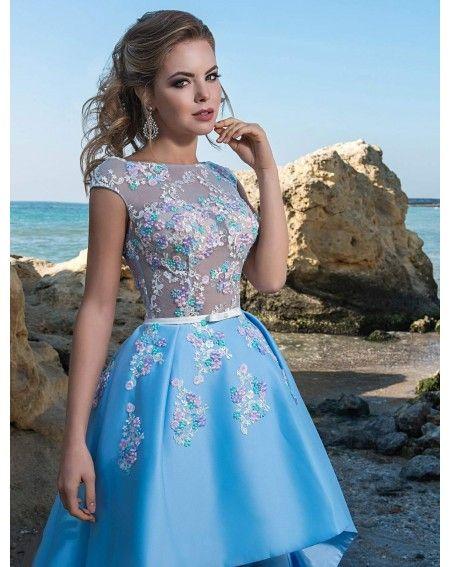 Luxusné spoločenské šaty na predaj a na prenájom zdobené kvietkami