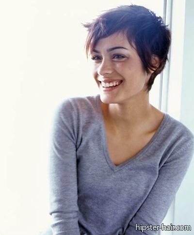 short brown pixie hair? I don't think I have the courage to ever go THIS short. Yikes!