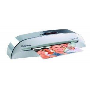 La Plastificadora Fellowes Saturn2 plastifica hasta documentos A3 y es ideal para la oficina de uso frecuente.  Calidad fotográfica y tecnología de 2 rodillos calientes.