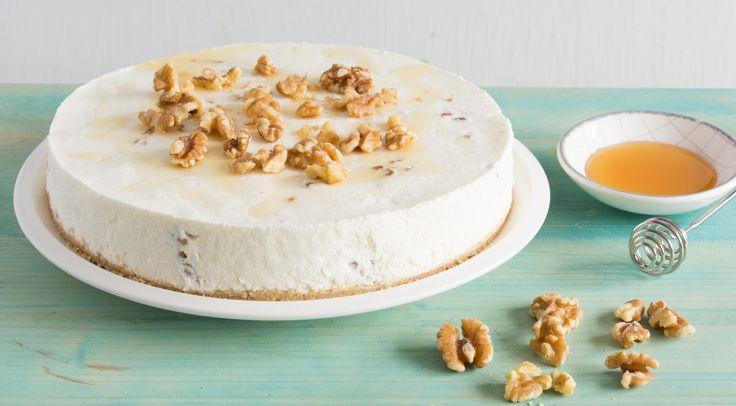 Maak in een handomdraai een lekkere, frisse en romige Griekse Yoghurt taart. Natuurlijk met walnoten en honing