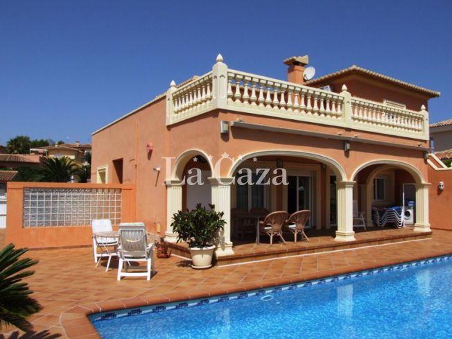 De naam van deze villa zegt het al: zicht op zee!
