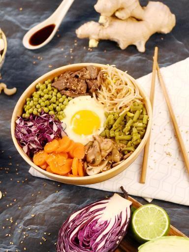 Bibimbap multicolore aux légumes d'aucy