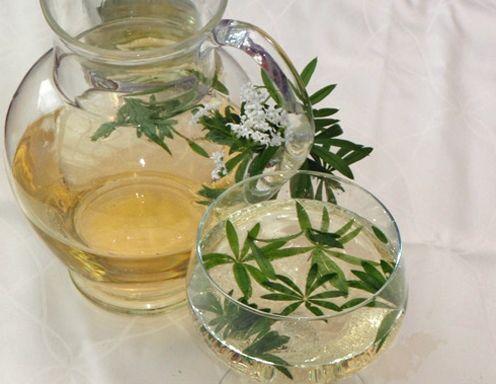 Waldmeisterbowle Rezept