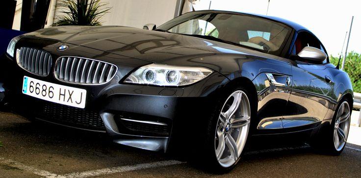 BMW Z4 subastado en una de las subastas de vehículos de ocasión BMW Online en vivo, organizada por Manheim