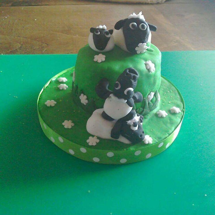 Sheep cake - croston cakes