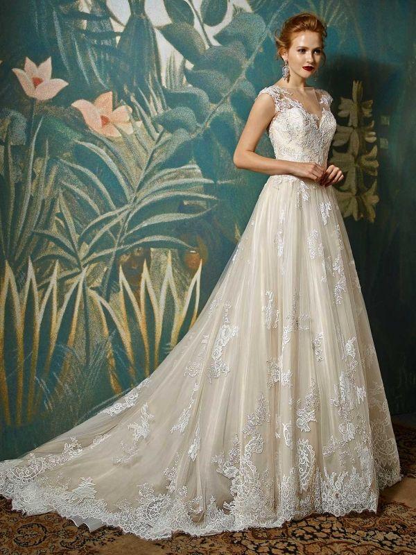 Szukasz wyjątkowej, eleganckiej a zarazem oryginalnej sukni ślubnej? Sprawdź model sukni Blue By Enzoani JADIS
