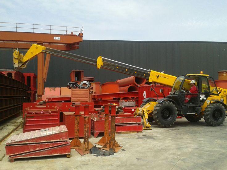 Curso de manipulador telescópico en Ale Heavylift Ibérica en Daganzo de Arriba (Madrid). Recogida de la carga a gran alcance