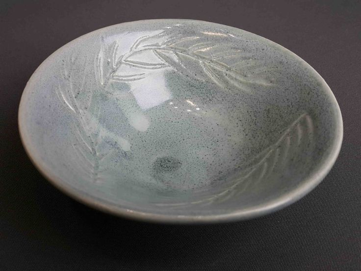 Molly Tinsley Fremantle Potter Leaf Plate  Stoneware 12cm Dia x 4cm H approx