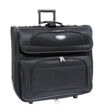 A good suitcase should have enough space for all of your belongings and be able to withstand an occasional mad dash to the terminal and off-course should be lightweight. You can save on excess baggage charges by knowing how to buy a lightweight suitcase.