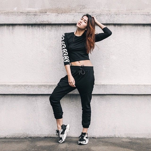 53 best How to wear images on Pinterest | Nike huarache Sneakers and Street fashion