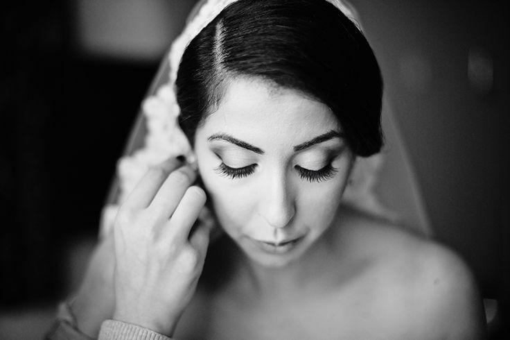 Photo by: www.dayfotografi.se Wedding, bröllop, love, turkiskt bröllop, turkish wedding, viel, slöja, veil, lace, weddinghair, weddingphotos, bröllopsfoton, bröllopsfotograf, dayfotografi, weddingdress, bröllopsklänning