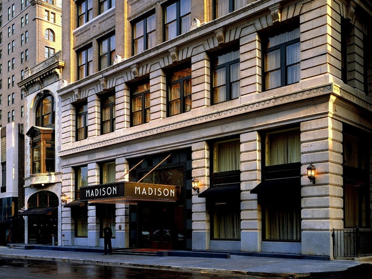 Condé Nast Traveler has ranked Madison Hotel in Memphis, TN the #24 best hotel in the south!