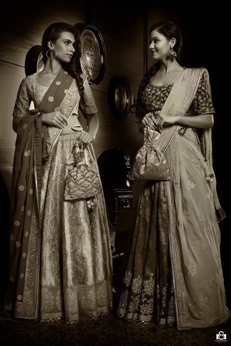 Timeless collection of the wedding couture of Vidhi Singhania photographed by Sharat Chandra