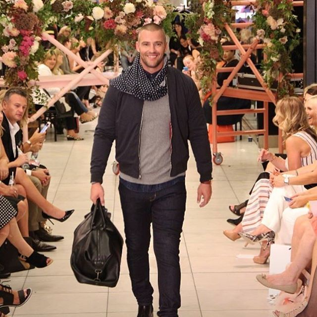 No one looks this happy on a catwalk, no one but me, I love it ha ha @myer @marcs_clothing #myer #myerxvamff