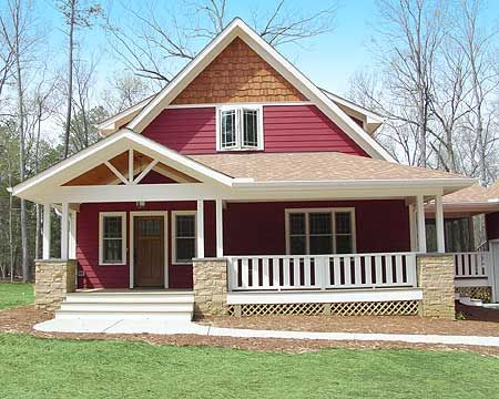 457 best craftsman homes images on pinterest for Simple house plans with porches