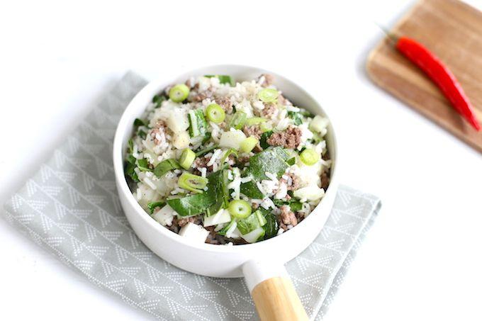 Op zoek naar een lekker recept met paksoi? Wat dacht je van paksoi met gehakt en rijst. Super simpel om te maken, heel erg lekker en zo klaar!