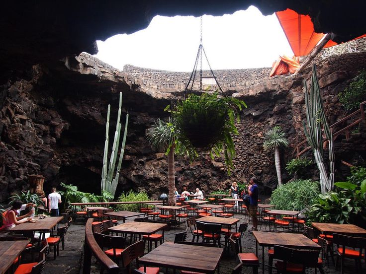 Los Jameos del Agua Restaurant in Teguise: 6 photos