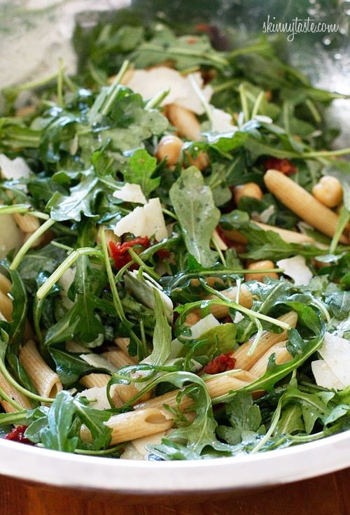 Arugula Salad with Penne, Garbanzo Beans and Sun Dried Tomatoes  I LOVE ARUGULA SALAD!!! California Pizza Kitchen has one and it's sooo freaking good.
