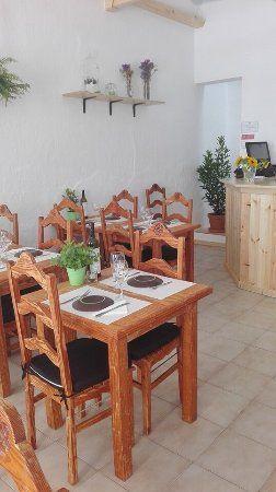 Eskandinavia Green Spirit is een heel goed vegetarisch restaurant in Fuseta met fijne bediening