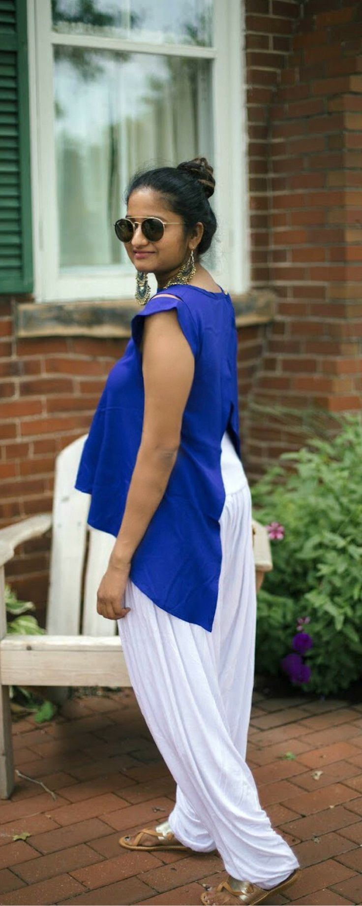 Tunic with Patiala/Harem pant | dreamingloud.com --------- make me chic split back top, white patiala pant, white and blue, Indian independence day outfit, chandbali earrings, soludos | #TheOilyAnalyst #LifestyleBlogger #AnimalAdvocate #StarWars #EssentialOils #SeekerofLaughter #BloggingAdvice #BloggingHelp #Budgeting #Debt #MakeMoney #PetCare #YoungLivingEssentialOils #YLEO #Funny #Comedy | theoilyanalyst.com