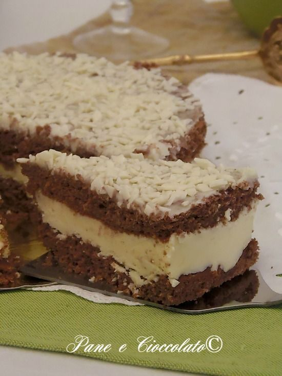 Torta Stregata con crema alla strega