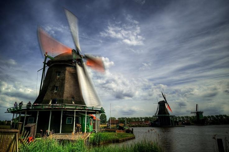Zaandam, The Netherlands  by Panoramio - grcav